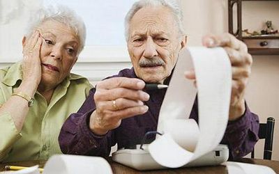 Как не платить имущественный налог пенсионерам